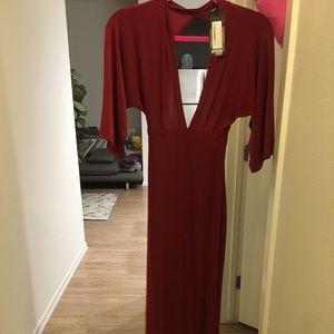 Maxi dark red dress